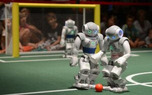 Robot futbolas